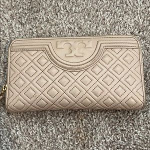 TORY BURCH FLEMMING WALLET